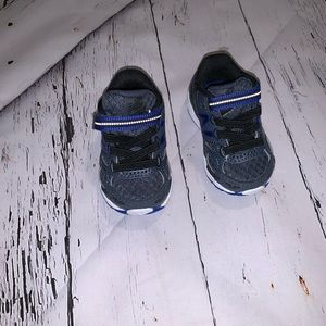 New Balance infant size 2 sneakers